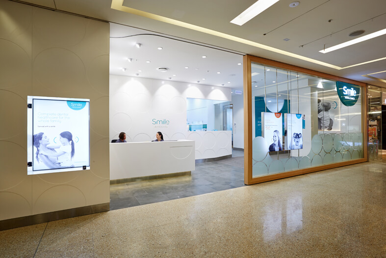 Smile Dental Clinics design 53