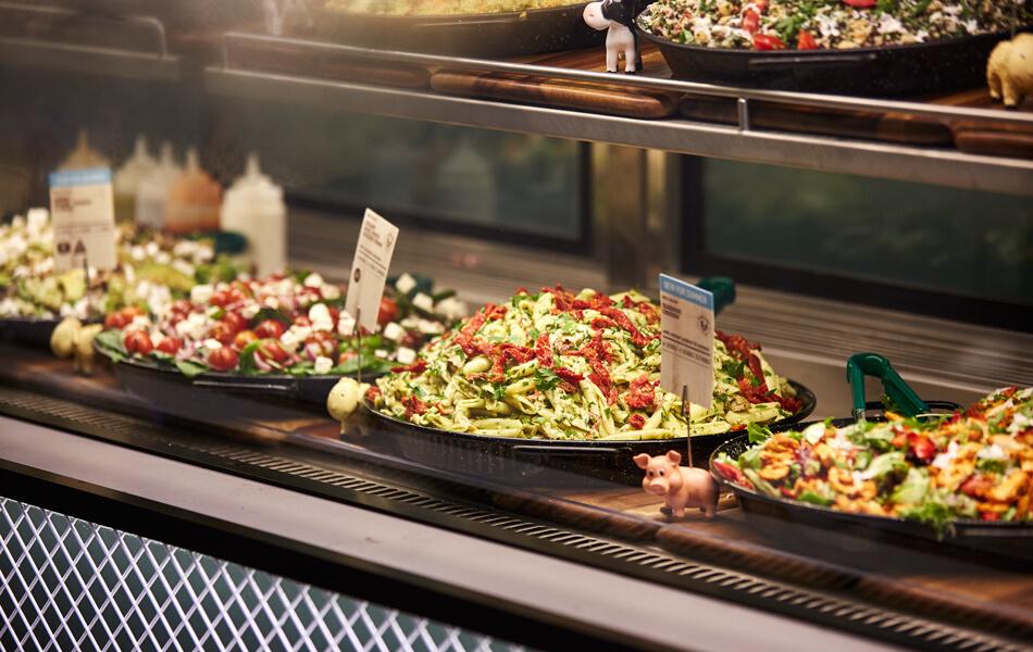 Sumo-Salad store design 29