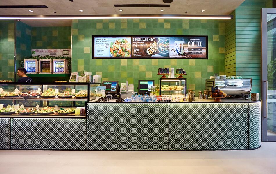 Sumo-Salad store design 43