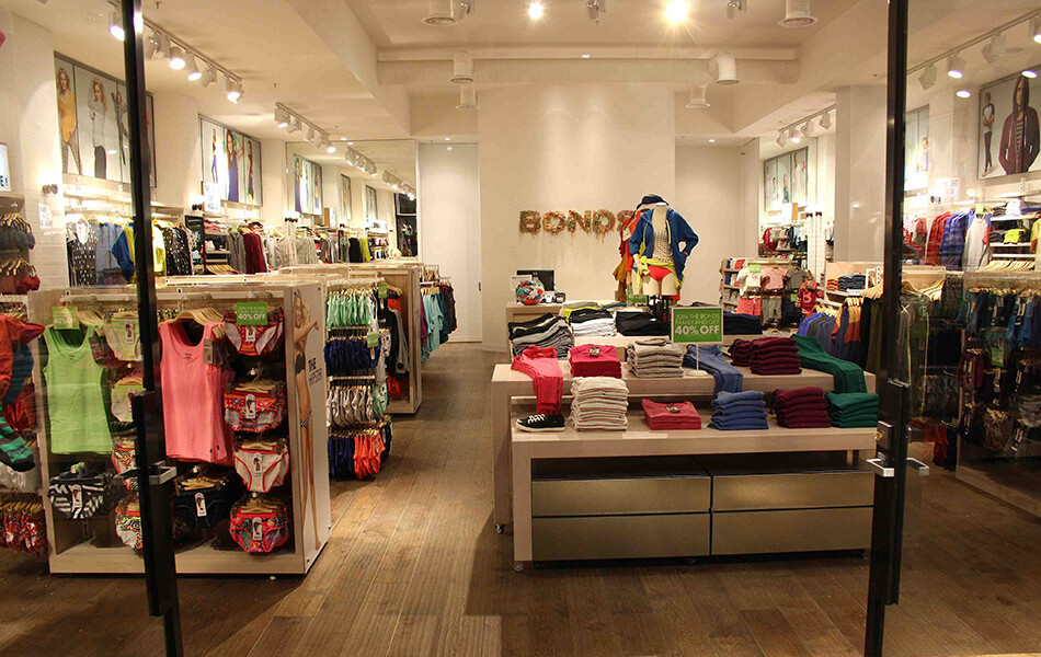 bonds store design 3