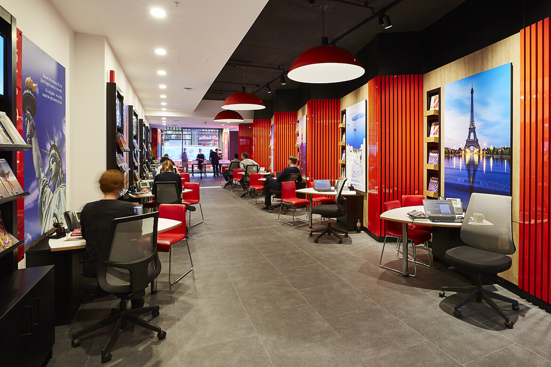 flight center store design 4