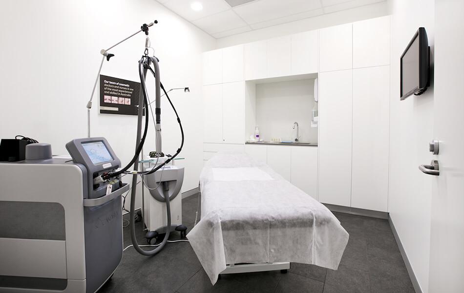 laserclinicsaus store design 2