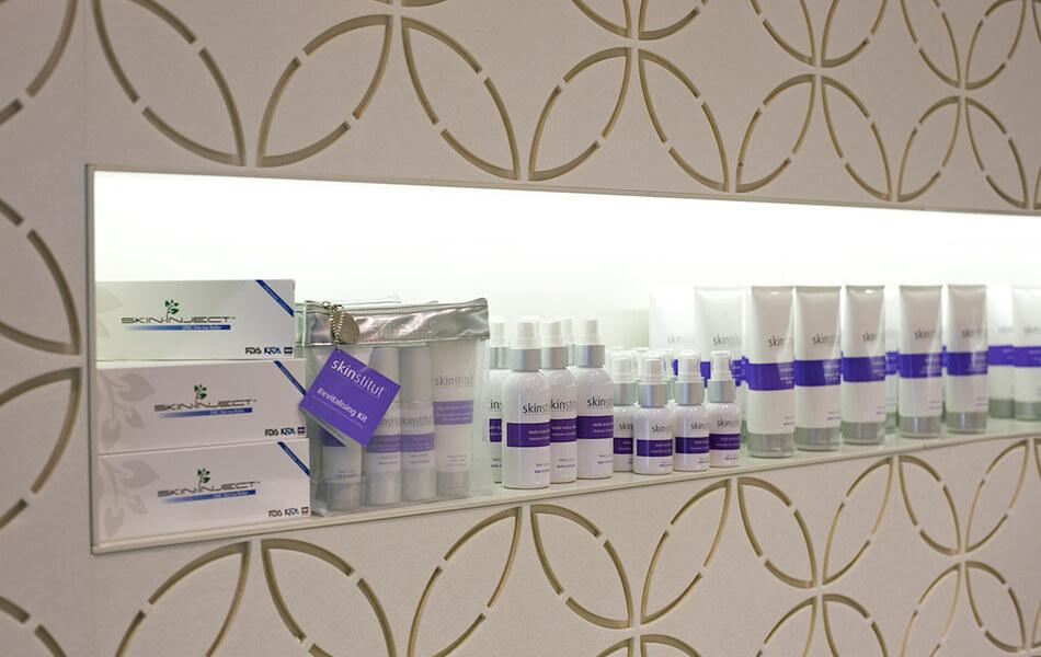 laserclinicsaus store design 5
