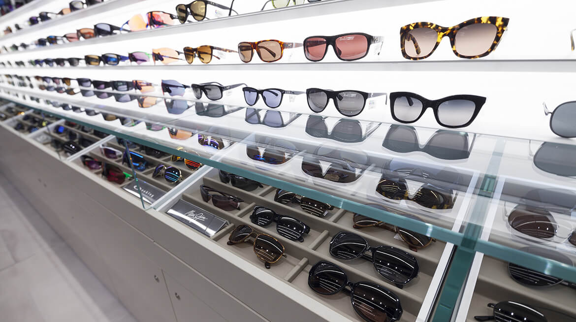 sunglass shop design 11