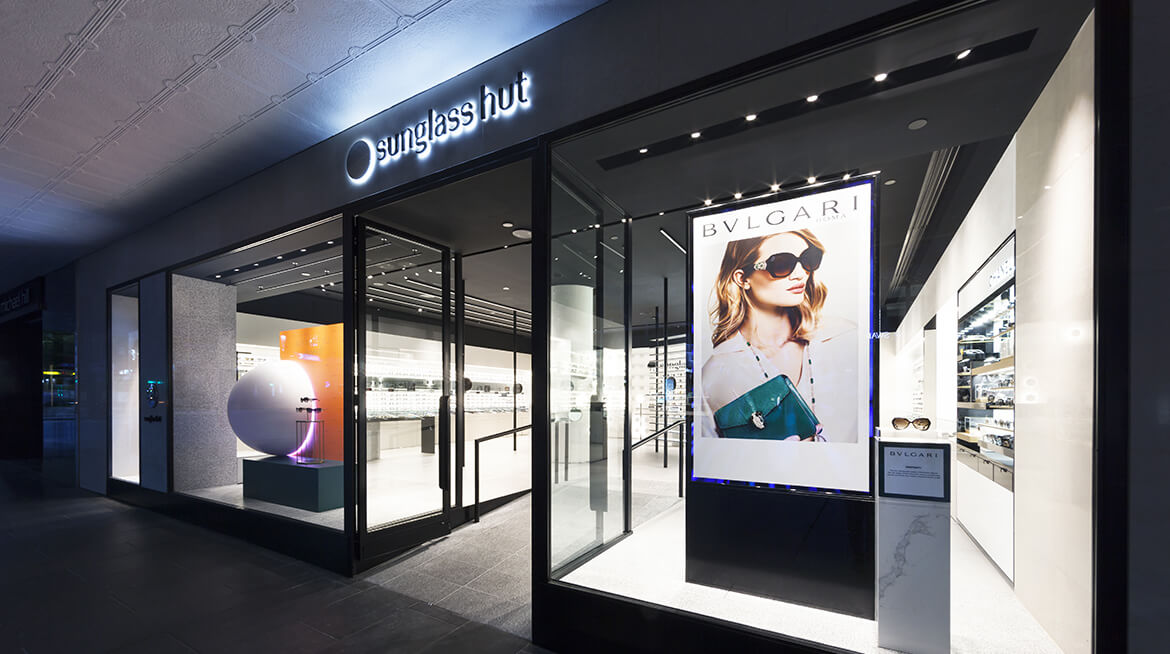 sunglass shop design 6